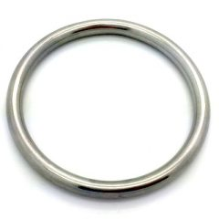 steel ring to mount dog leash against pulling when doing sport with dog
